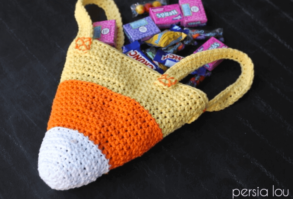 candy corn trick-or-treat crochet bag pattern by persia lou