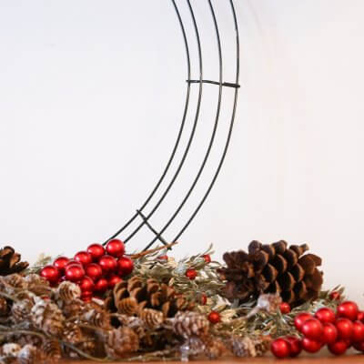 Get in the Holiday Spirit with 27 Christmas Pine Cone Crafts and DIYs