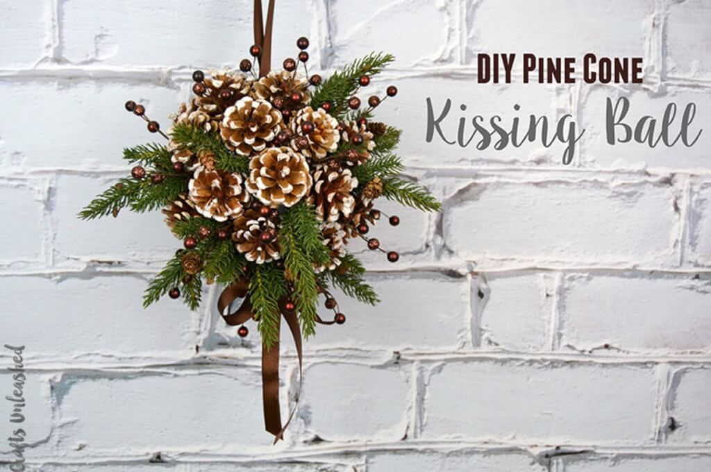 Christmas pine cone crafts- DIY pine cone kissing ball