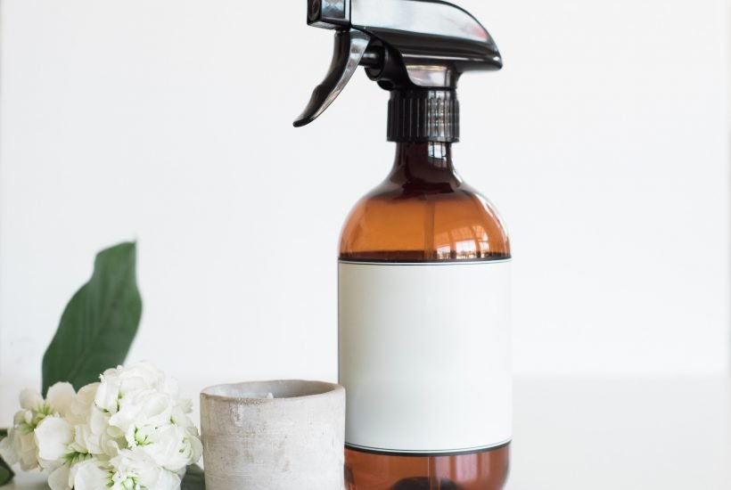 how natural cleaning ingredients work featured image